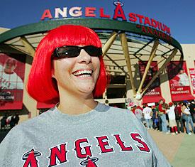 Angels_fan_275